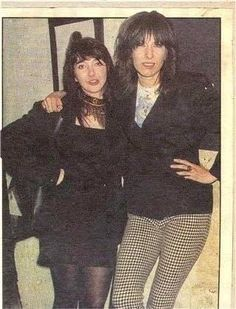Kate Bush and Chrissie Hynde Chrissie Hynde, The Pretenders, Punk Princess, Famous Couples, Ringo Starr, Punk Fashion, Rock Music, Punk Rock, New Outfits