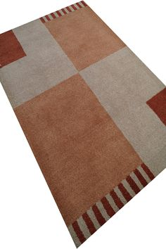 Hand Tufted Carpet 8MM Thick, 3.3 * 6.4 FT RS. 2833/-