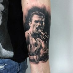 40 Freddie Mercury Tattoo Designs For Men - Queen Ink Ideas Music Tattoos, Body Art Tattoos, New Tattoos, Sleeve Tattoos, Cool Tattoos, Portrait Tattoos, Awesome Tattoos, Band Tattoos For Men, Tattoo Band