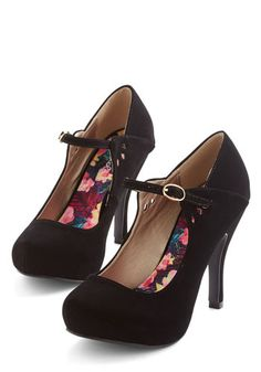 Your stage presence is undeniable, and these black pumps only emphasize it! Dainty droplet cutouts add extra panache to these Mary Jane heels, so you stay both sleek and chic as you rock out underneath the spotlights.