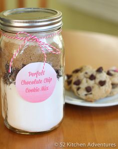 Make an easy homemade gift that keeps on giving: DIY perfect chocolate chip cookie mix in a jar! Tips to host a cookie mix making party and free printables.