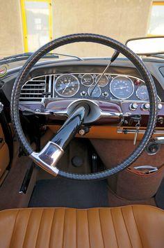 Citroën DS Le Caddy Convertible by Chapron Citroen Ds, Vintage Cars, Antique Cars, Citroen Traction, Dashboards, Automotive Design, Car Car, Old Cars, Radios