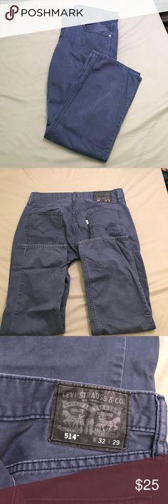 Levi's 514- blue Size 32 x 29 men's 514. Excellent used condition Levi's Jeans Straight