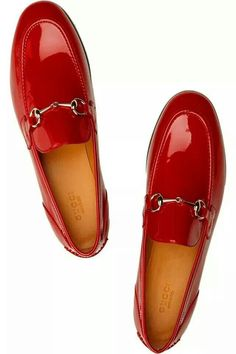 Gucci Patent-leather loafers Heel measures approximately inch. Wear this pair with dark-hued tailoring for a vibrant tomboy-cool finish. Hot Shoes, Men's Shoes, Shoe Boots, Dress Shoes, Heeled Boots, Gucci Loafers, Loafers Outfit, Leather Loafers, Patent Leather