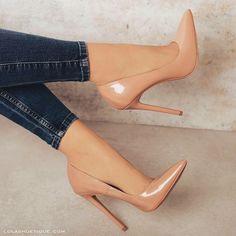 high heels stilettos / high heels _ high heels classy _ high heels stilettos _ high heels boots _ high heels aesthetic _ high heels outfit _ high heels for kids _ high heels drawing Nude High Heels, Stiletto Heels, Cream High Heels, Pointed Heels, High Heel Pumps, Sneaker Heels, Hot Shoes, Women's Shoes, Nude Shoes