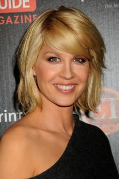 More Jenna Elfman hair.  I really like this one.