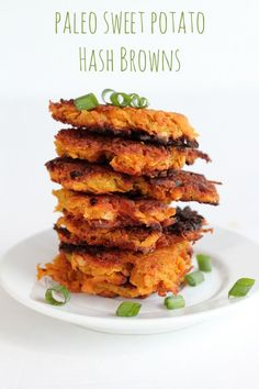 The best way to make Paleo Sweet Potato Hash Browns! These are awesome for breakfast or as a fancy appetizer with a dip! The best way to make Paleo Sweet Potato Hash Browns! These are awesome for breakfast or as a fancy appetizer with a dip! Paleo Sweet Potato, Sweet Potato Recipes, Sweet Potato Fritters, Sweet Potato Pancakes, Real Food Recipes, Vegetarian Recipes, Healthy Recipes, Whole30 Recipes, Paleo Breakfast