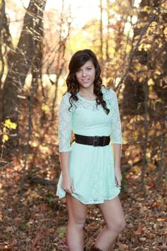 Kate wenzel photography for sharing this fun senior's day with us ideas for Couple Senior Pictures, Senior Picture Props, Senior Picture Makeup, Country Senior Pictures, Senior Pictures Sports, Senior Picture Outfits, Picture Poses, Girl Pictures, Picture Ideas