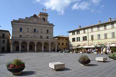 Montefalco, Balcony Over Umbria