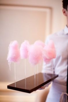 <img> Peter Callahan& mini pink cotton candy bundles are an elevated way to serve the classic fairground staple, and the tasty treats would make a great addition to any pink-themed bridal shower. Pink Cotton Candy, Pink Candy, Cotton Candy Wedding, Cotton Candy Party, Cotton Candy Sticks, Candy Pop, Pink Foods, Candy Floss, Sweets