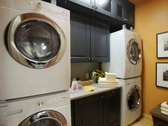 Thats what I call a laundry room...but id love the front loaders to be RED!