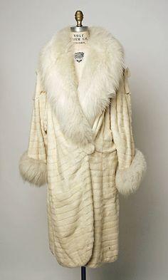 1920's style coat | white velvet & fur | flapper