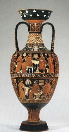 Apulian red-figure Amphora, attributed to the Patera painter, ca. 340 B.C