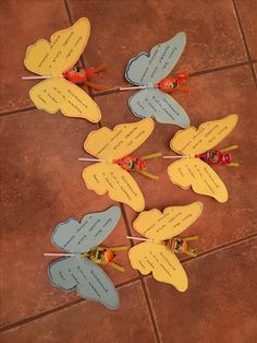 Invitation card, Birthday, szülinapi meghívó DIY Invitation Cards, Invitations, Card Birthday, Plant Leaves, Crafty, Plants, Diy, Bricolage, Flora