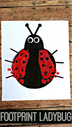 Footprint Ladybug Craft for Kids // Manualidad de mariquita con huellas de pie