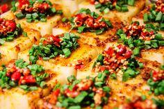 Tofu marinieren und richtig zubereiten: Das ist keine Zauberei, sondern bedarf eines einfachen Tricks, den ich hier Schritt für Schritt zeige.