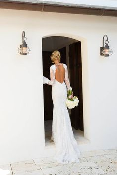 Admiring these amazing pictures of Lauren Cottrell - a truly one of a kind Berta bride <3