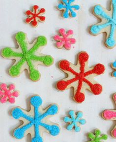 Best Holiday Cookies: Snowflake Cookies from @Matty Chuah BearFoot Baker (Lisa)