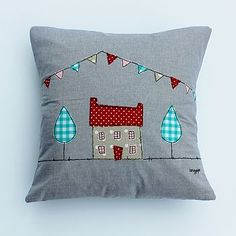 Applique Cushions to use up all those scraps. Freehand Machine Embroidery, Free Motion Embroidery, Free Machine Embroidery, Applique Cushions, Sewing Pillows, Textiles, Bunting Design, Handmade Cushions, House Quilts