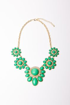 simply beautiful bold necklace.