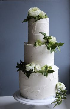 Green and White Wedding Cake by Yolk www.cakesbyyolk.com