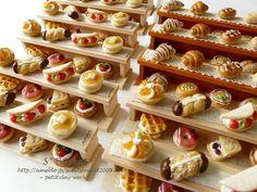 ッ♪|The large number of items won me over Miniature Crafts, Miniature Food, Miniature Dolls, Cute Polymer Clay, Polymer Clay Crafts, Doll Food, Tiny Food, Bakery Cafe, Miniture Things