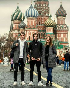 Alan Walker with family