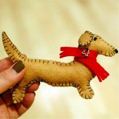 Books Lists Life: Handmade Felt Christmas Ornaments