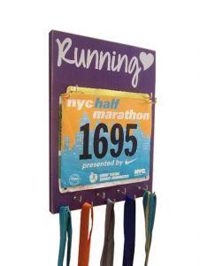 Running medal and bib holder - #Running Heart $33.99 Love the graphic