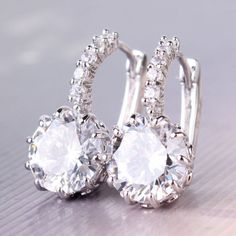 Unique 18k white gold filled round swarovski crystal charming hoop earring