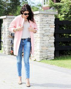 pink coat, Jillian Harris
