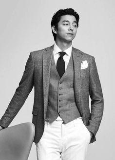 Gong Yoo | 공유 | Kong Ji Chul | 공지철 | D.O.B 10/7/1979 (Cancer) Asian Actors, Korean Actors, Namgoong Min, Goblin Gong Yoo, Korean Military, Yoo Gong, Kyung Hee, Coffee Prince, Korean Wave