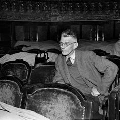 Samuel Beckett en París en 1961 en un ensayo de 'Esperando a Godot'