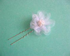 Perle sticla si organza, ac par mireasa, produs nunta - accesoriu nunta ac par mireasa - culoare alb si roz - idei cadouri femei