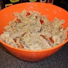 Healthy Salads: Italian Chicken Bow Tie Pasta