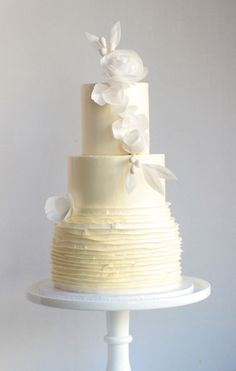 Frosted Wedding Cake Unusual Wedding Cakes, Metallic Wedding Cakes, Painted Wedding Cake, Small Wedding Cakes, White Wedding Cakes, Elegant Wedding Cakes, Beautiful Wedding Cakes, Beautiful Cakes, Wedding Cake Frosting