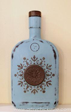 DIY Chalk Painted Bottles (w/Oil Rubbed Bronze) Easy, DIY Chalk Painted Bottles - Oil Rubbed Bronze- Provence Finished - Easy, DIY Chalk Painted Bottles - Oil Rubbed Bronze- Provence Finished - Painted Wine Bottles, Liquor Bottles, Bottles And Jars, Decorated Bottles, Glass Bottle Crafts, Diy Bottle, Bottle Vase, Crown Royal Bottle, Decoupage Tutorial