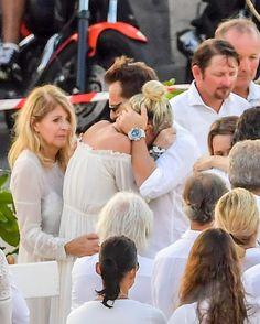 Laeticia Hallyday, sa mère Françoise et David Hallyday à l'enterrement de Johnny Hallyday