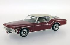 Buick Riviera Coupe 1971 - Die-cast | Hobbyland