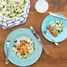 Ginger Glazed Chicken Thighs with Summer Rice Salad Honey And Soy Sauce, Glazed Chicken, Rice Salad, Chicken Thigh Recipes, Chicken Thighs, Tomato Sauce, Healthy Recipes, Healthy Food, I Foods