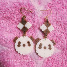 パンダクッキーピアス Perler Earrings, Crochet Earrings, Hama Mini, Perler Bead Templates, Perler Beads, Beading Patterns, Pixel Art, Beaded Jewelry, Creations