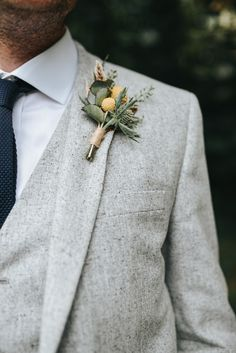 Rustic Buttonhole For Groom In Pale Grey Suit | Hazel Gap Barn Wedding | Mrs Umbels Flowers | High Street Wedding Party | Pear & Bear Photography
