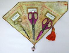 Fan Scissor Wrap Sewing Project by Terry White Needle Case, Needle Book, Crafty Projects, Sewing Projects, Crafts To Make, Fun Crafts, Sewing Hacks, Sewing Crafts, Needle Holders