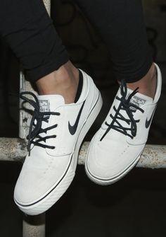 Buy Quality Nike Men's SB Lunar Gato Skate Shoes Cheap - Twny/Brq Brwn/Lght Bn/Gm Lght