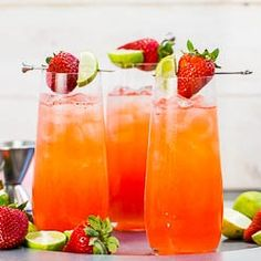 Strawberry Key-Limeade Cocktail - A Refreshing & Effervescent way to Celebrate Spring & Start Your Weekend {cocktail recipe}