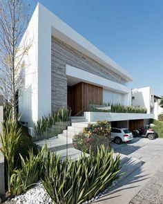 Residencia Vista Clara by lineaarquitectura.mx image © Patrick López Jaimes #puebla #mexico www.amazingarchitecture.com ✔️…