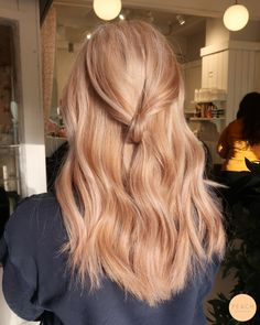 Ginger Hair Color, Strawberry Blonde Hair Color, Strawberry Hair, Hair Color And Cut, Strawberry Blonde With Highlights, Stawberry Blonde, Honey Blonde Hair, Blonde Hair Looks, Reddish Blonde Hair