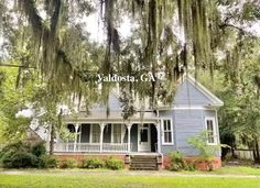 """CHEAP OLD HOUSES UNDER $50K on Instagram: """"Under $100K Sunday ~ Fixer Upper Victorian in Valdosta, GA $79K.   SEE PICS and details in the link in bio by clicking…"""""""