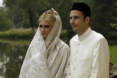 Prince Hussain Aga Khan, second son of His Highness the Aga Khan and Princess Salimah Aga Khan, married Miss Kristin White, who adopted the name Khaliya upon embracing Islam, on Saturday 16th September. Princess Khaliya is the second daughter of Professor Norman White and his wife Margaret of Montclair, New Jersey, U.S.A.