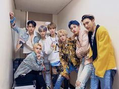 Nct 127, Yang Yang, Fandom, K Pop, Monsta X, Shinee, Jolie Photo, Group Photos, Winwin